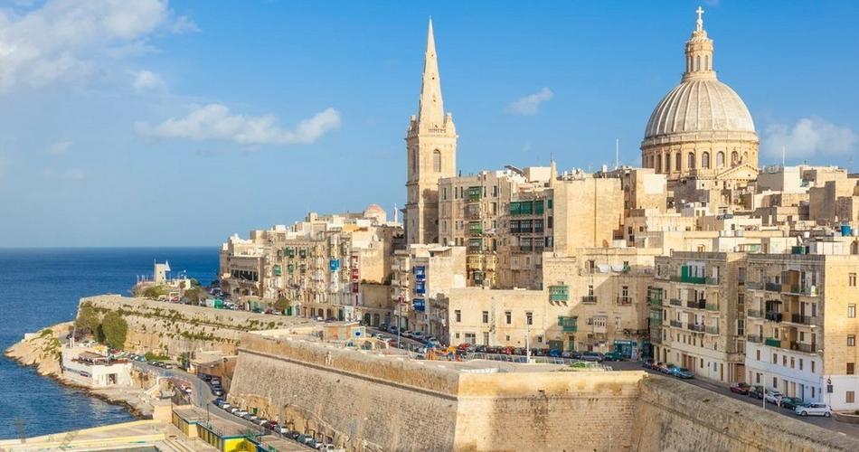 Хорватия и Мальта готовы принять российских туристов в августе