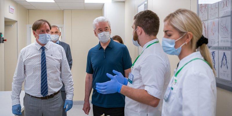 Собянин заявил, что коронавирус в Москве не отступает