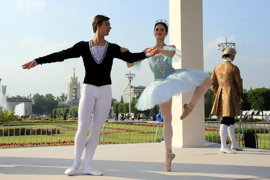 В Кремлевском дворце покажут «Спящую красавицу» и «Спартак»