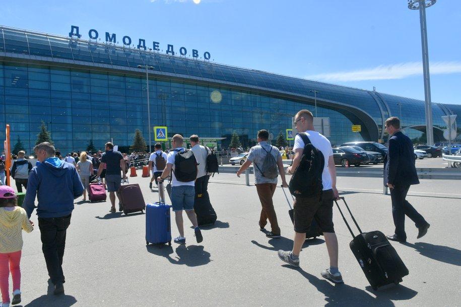 Аэропорт Домодедово обслужил 1,7 млн пассажиров в июле
