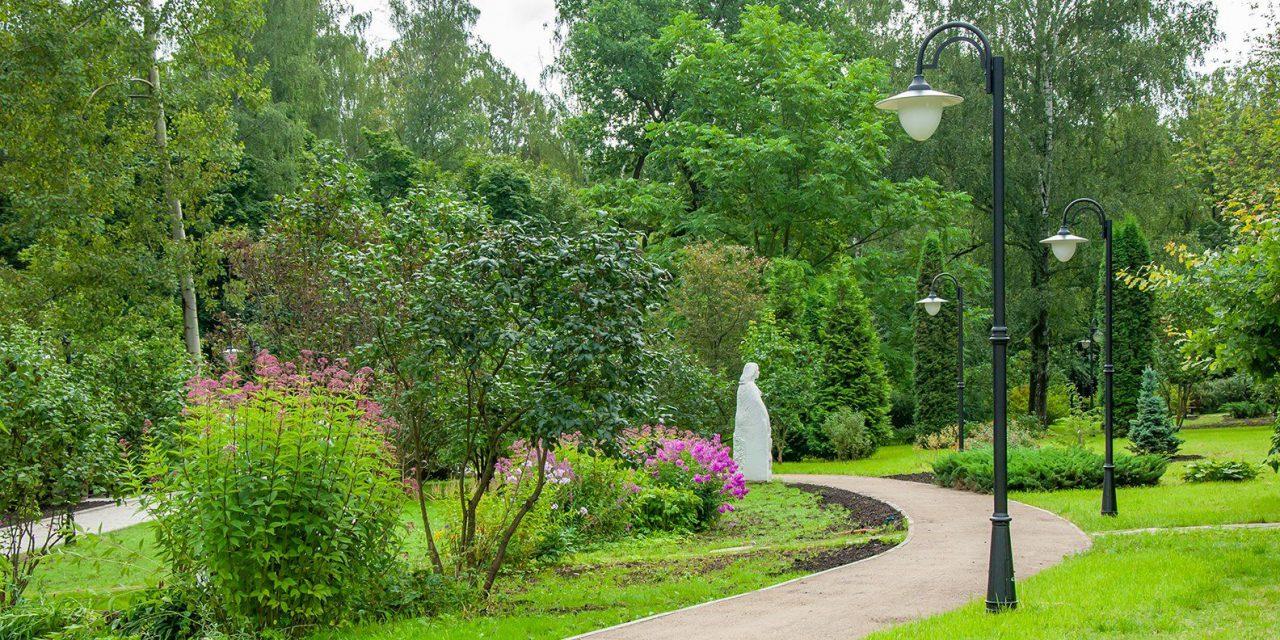 Сиреневый сад открылся в парке «Сокольники» после ремонта