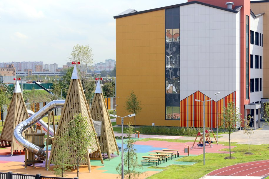 Еще одна школа-гигант появится в Новой Москве в 2022 году