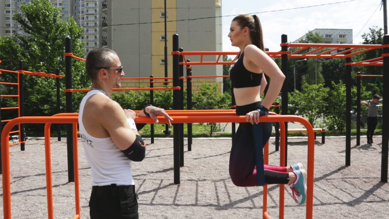 В парках Москвы оборудовали более 90 площадок для воркаута