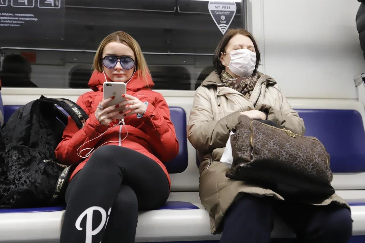 В московском транспорте оштрафовали 42 тысячи пассажиров без масок