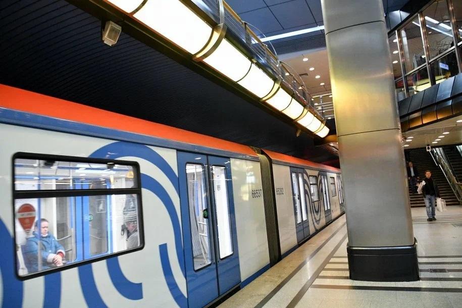 Держатели карт «Мир» смогут ездить в метро и на МЦК со скидкой до конца года