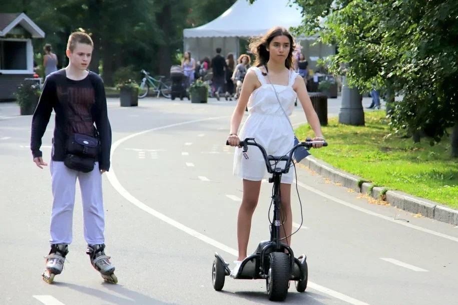 Парки снизят цены на аренду велосипедов и самокатов 22 сентября