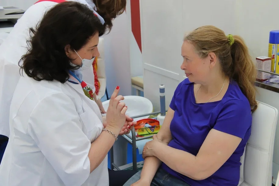 Еще 1 тыс. 338 пациентов вылечились от коронавируса в Москве