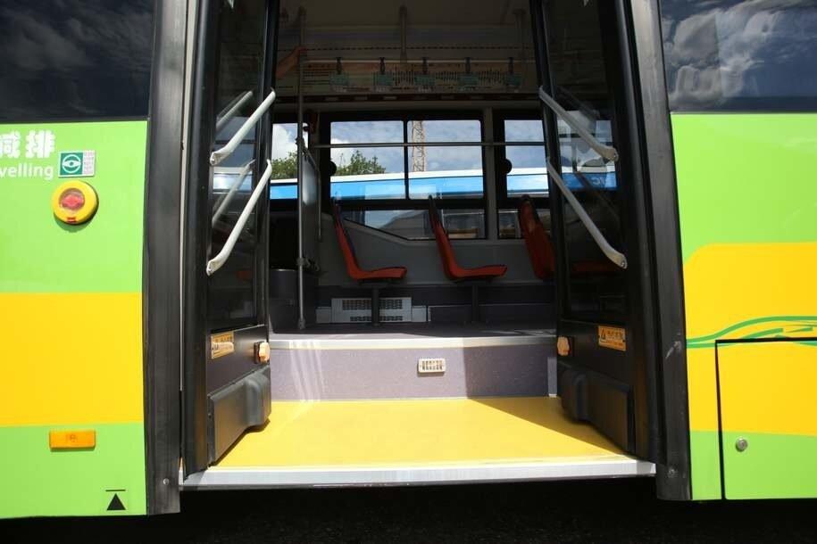 С 1 сентября возобновляются автобусные рейсы для школьников и студентов