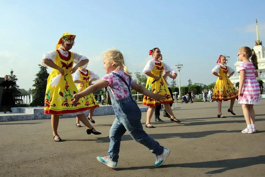 Более 700 тысяч человек приняли участие в праздновании 873-летия Москвы