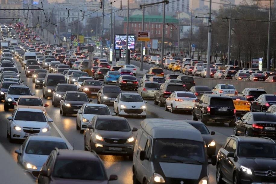 До пятницы в Москве возможны пробки до 9 баллов