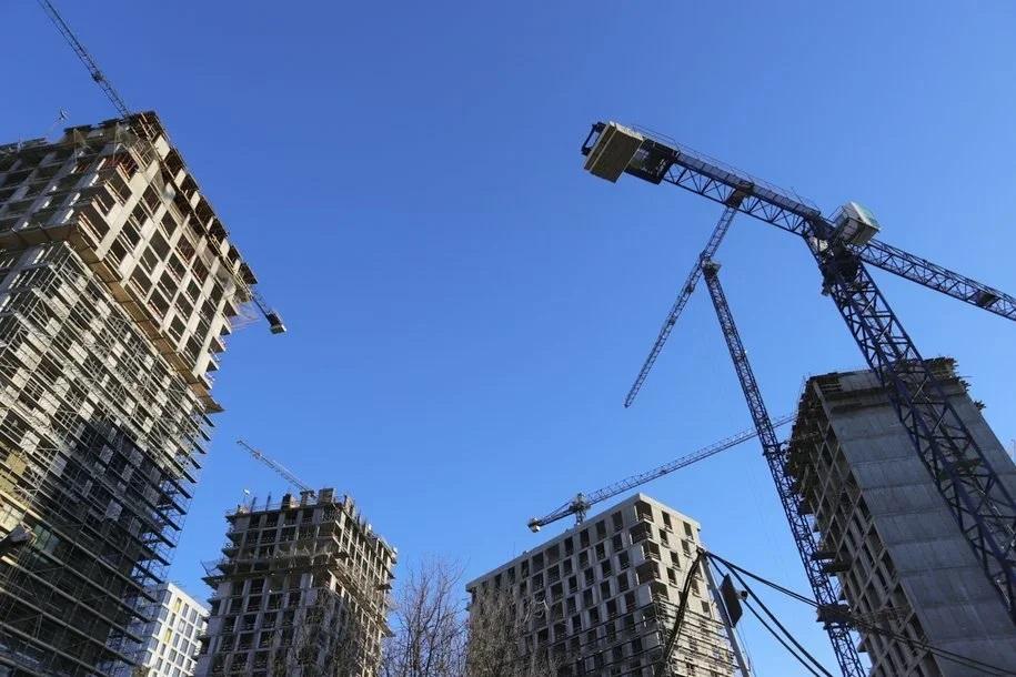 Число долгостроев в Москве сократилось на две трети