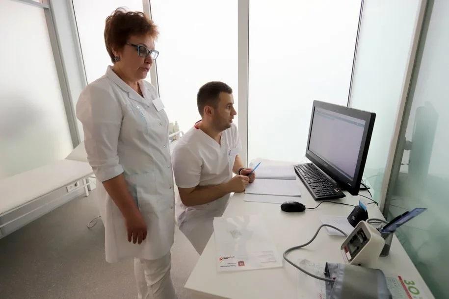 Сергей Собянин расширил список бесплатных лекарств для больных COVID-19