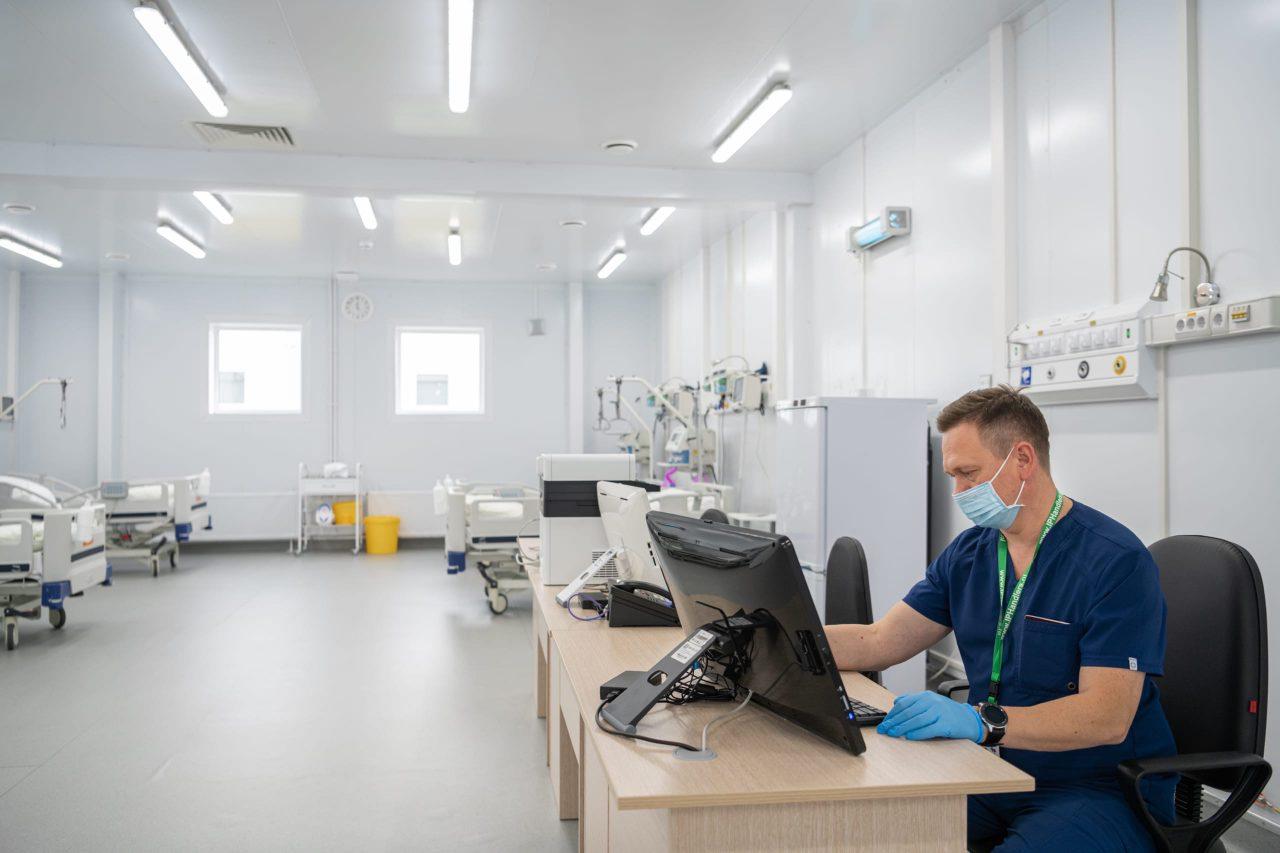 Временные госпитали позволили не перепрофилировать городские стационары под ковид