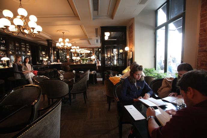 Систему QR‑кодов для чек‑ина введут в столичных ресторанах и салонах красоты
