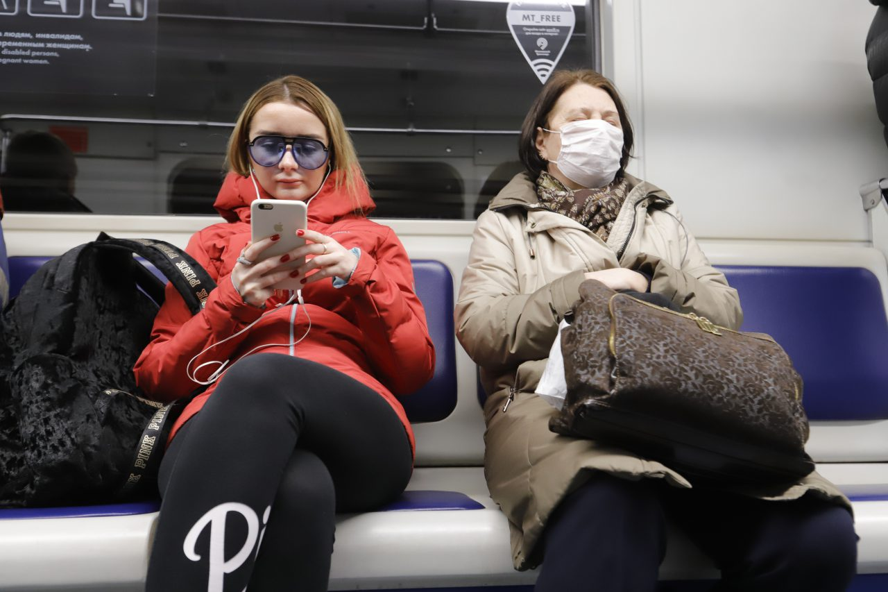 Порядка 97% пассажиров метро утром 22 октября были в масках
