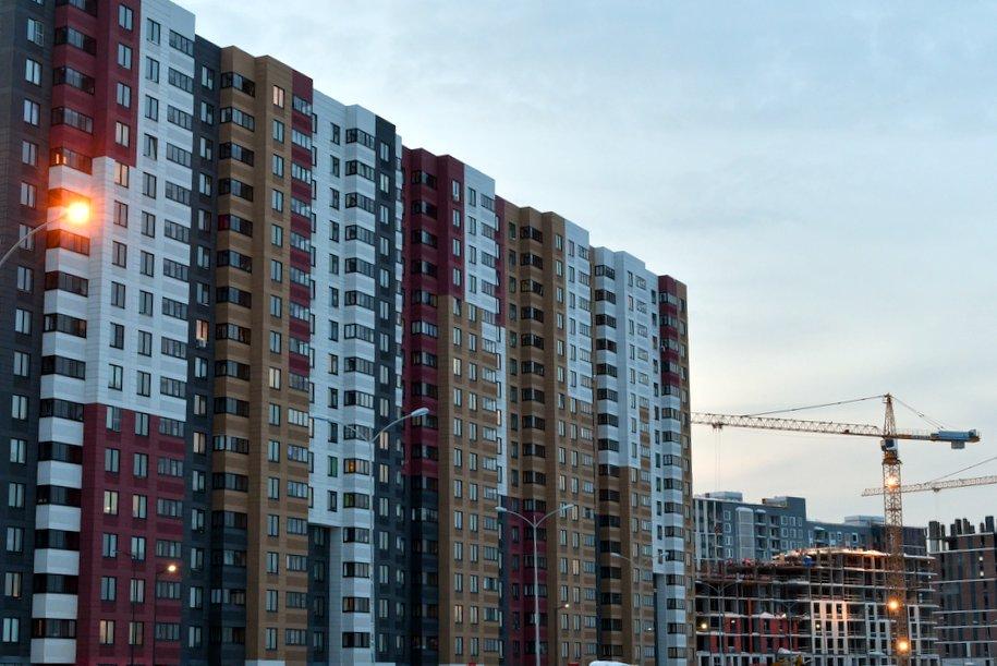 Восемь домов по реновации построили в столице за прошедшую неделю