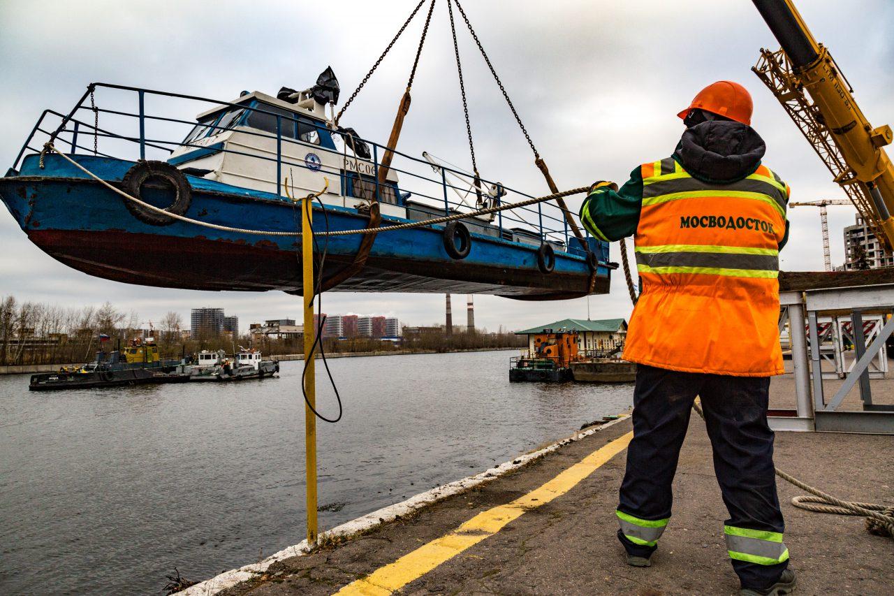Более двух тысяч кубометров мусора собрали за период навигации на Москва-реке