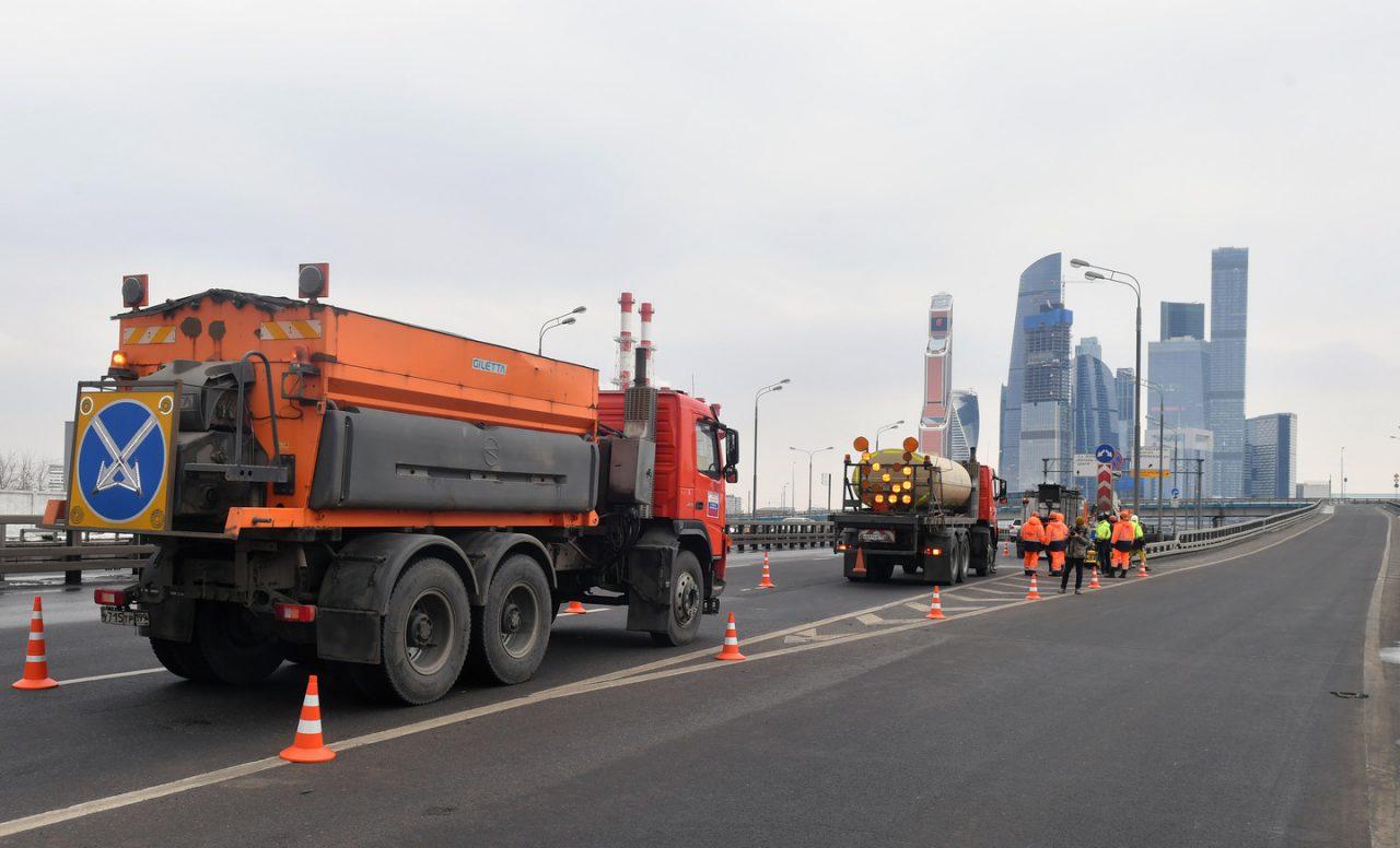 Восемь набережных отремонтировали в Москве