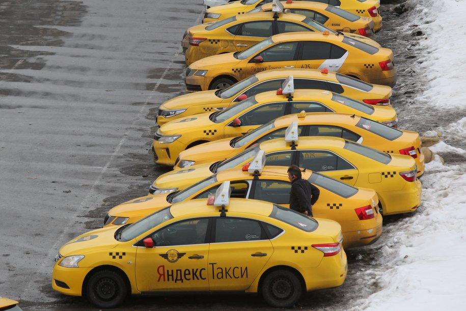 Более 50 столичных дворов обустроили на деньги от платных парковок