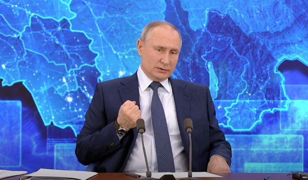 Путин заявил о переизбытке ВУЗов в России
