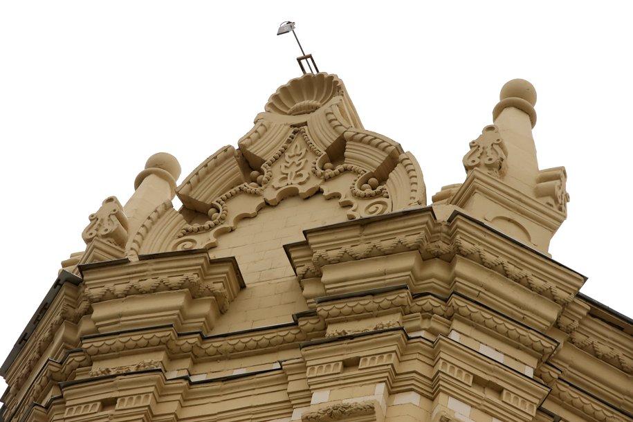 QR‑коды появились на нескольких исторических зданиях Москвы