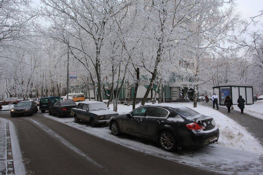 Водителям лучше не парковаться в центре Москвы в часы пик