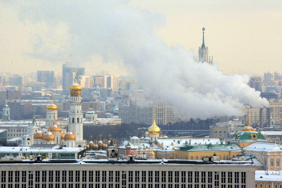 Москва не планирует вводить жесткие меры по коронавирусу — Собянин