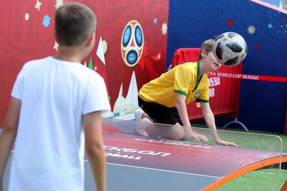 Спортклуб с бассейном ввели в эксплуатацию на северо‑востоке Москвы