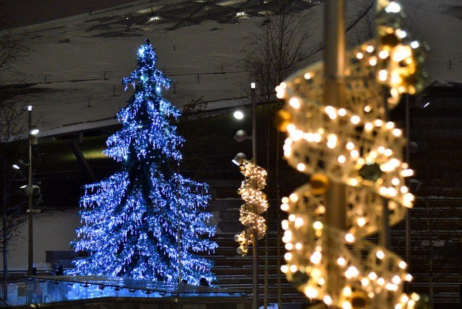 Праздничная подсветка в Москве будет работать всю новогоднюю ночь