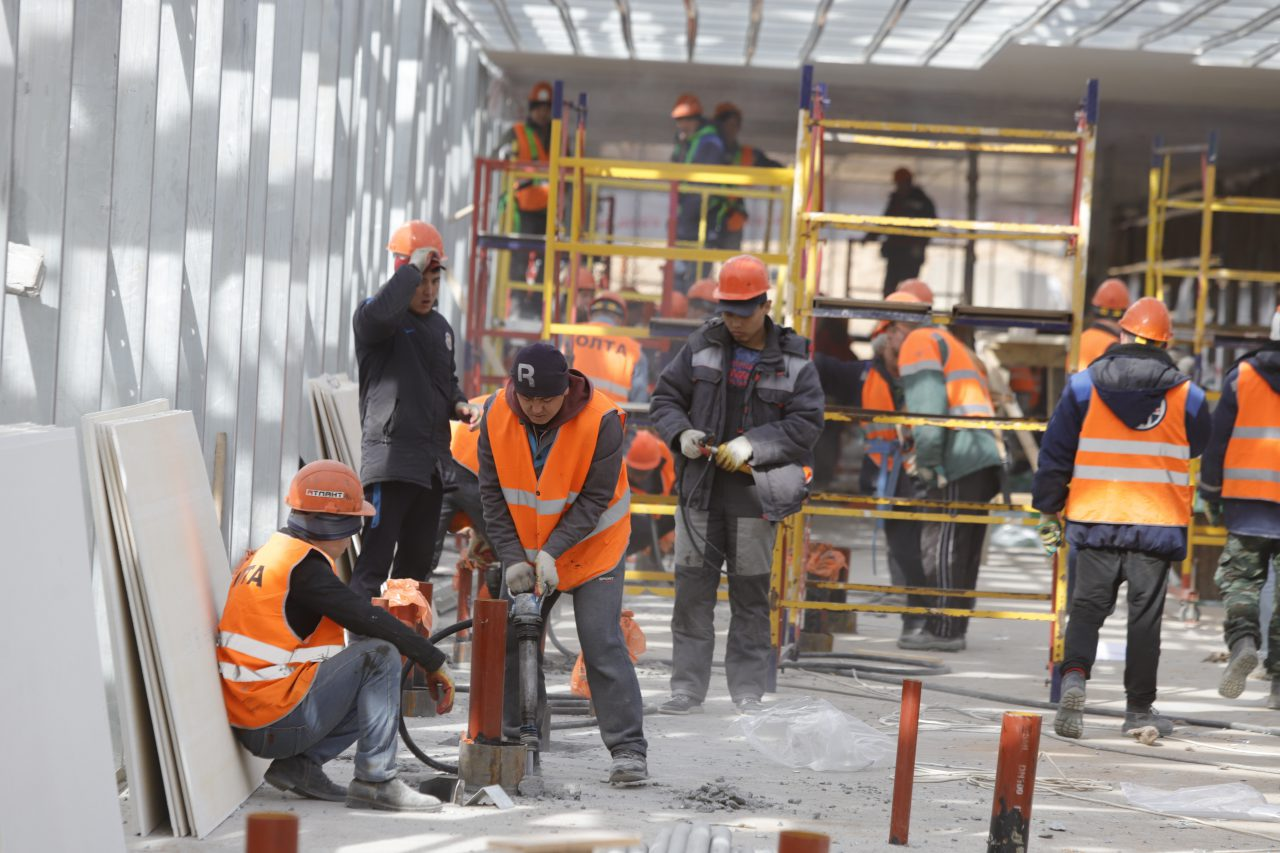 На станции «Мамыри» Троицкой линии завершается разработка грунта котлована