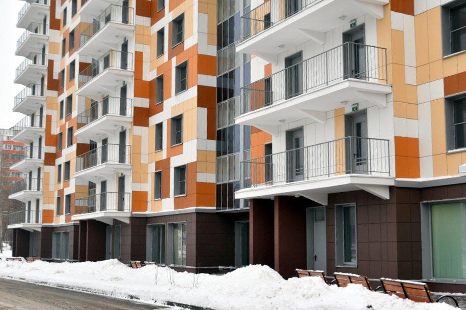 Более ста домов построено в Москве по программе реновации