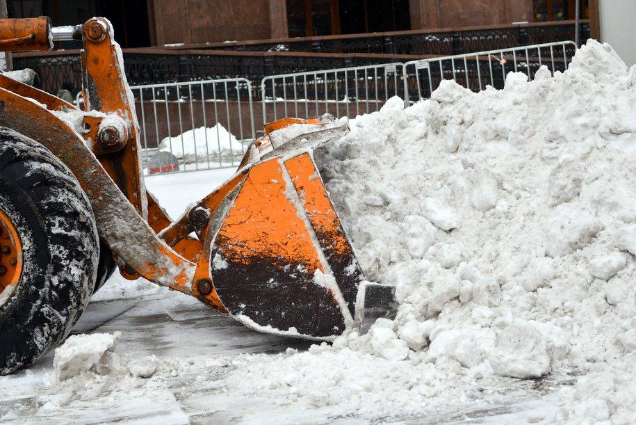 В связи с потеплением столичные коммунальщики работают в усиленном режиме
