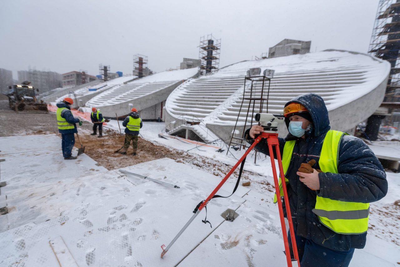 Реконструкция стадиона «Москвич» в Текстильщиках завершена на 30%