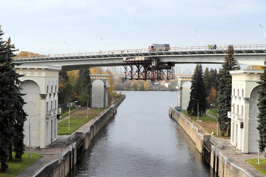 Москва использует опыт строительства моста через Керченский пролив