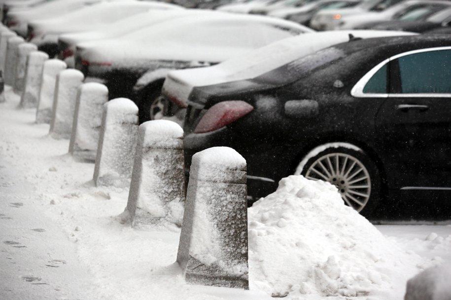 Москвичей ожидает облачная погода и кратковременный снег
