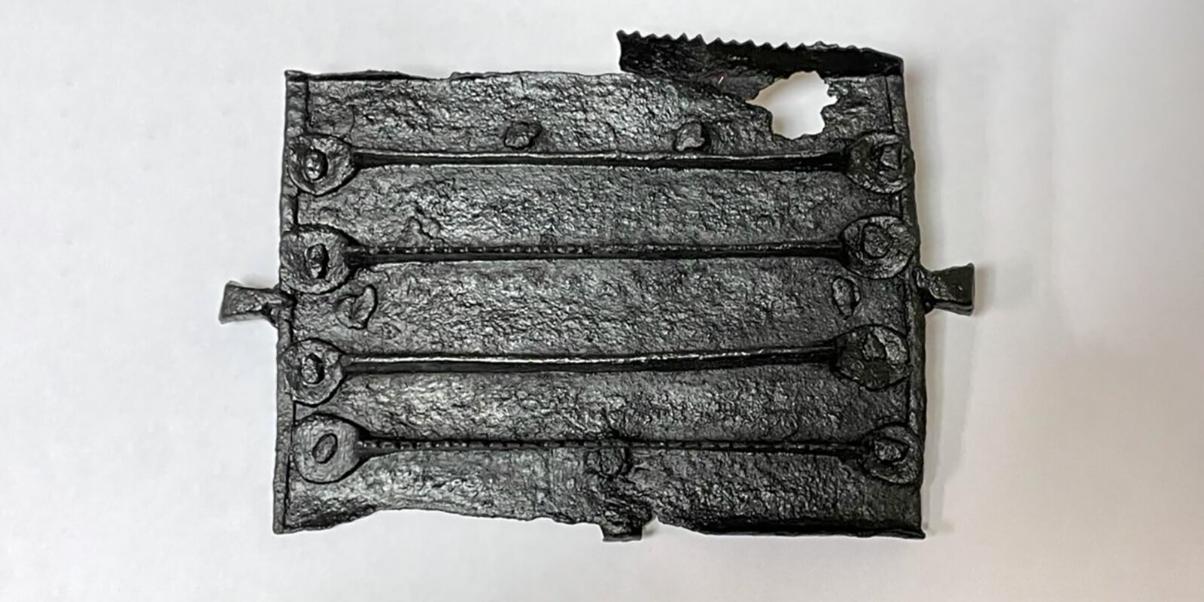 На Петровке обнаружили расчёску для конской гривы XVII века
