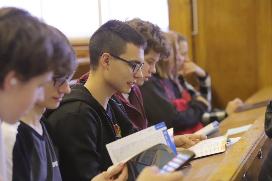Выпускные экзамены начались у столичных девятиклассников
