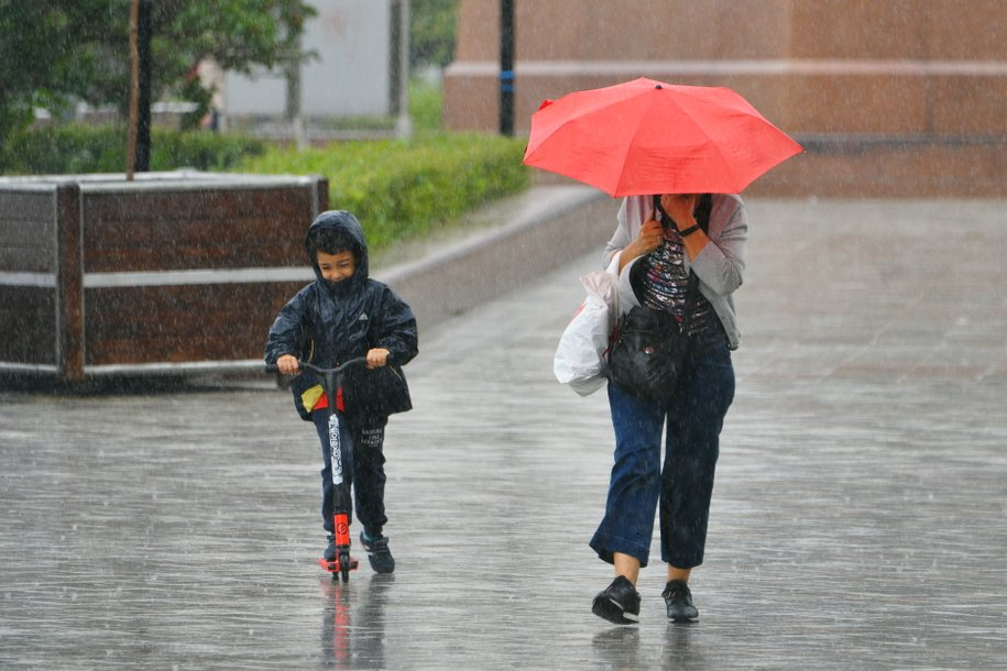 В Москве из-за грозы объявлен «жёлтый» уровень погодной опасности