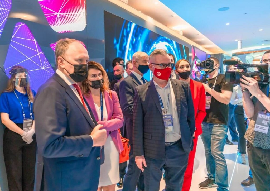 Глава Стройкомплекса Москвы Андрей Бочкарев посетил стенд холдинга«Мосинжпроект» на МУФ 2021