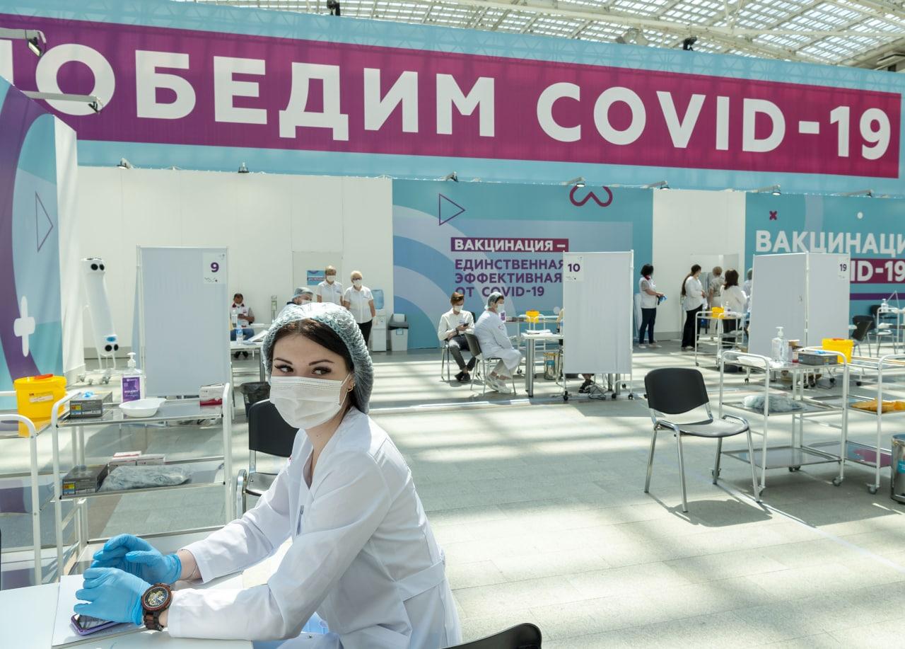 В Москве выявлено 1 424 новых случая COVID-19